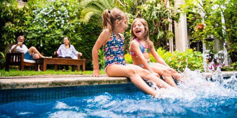 3 Fresh Backyard Pool Ideas